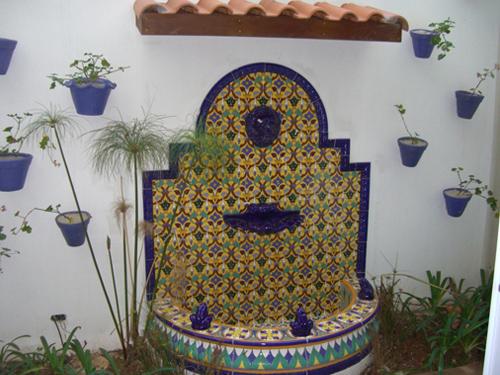 Fuente de jard n ft4n azulejos campos online - Fuente de pared para jardin ...